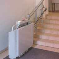 the savaria delta inclined platform lift can be used in the home or for commercial applications to provide access over a single flight of straight stairs wheelchair h71 wheelchair